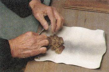 書道筆・日本画筆のこだわり(毛もみ)